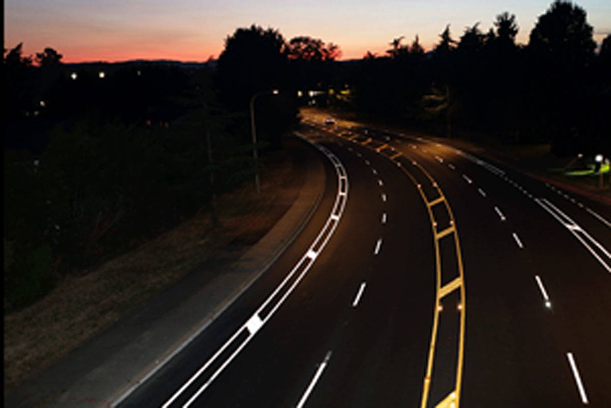 Saanich pilots new, highly reflective road markings