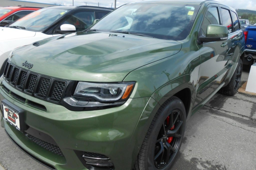Raw power of the Jeep SRT 8 0-60 in 4.4 seconds